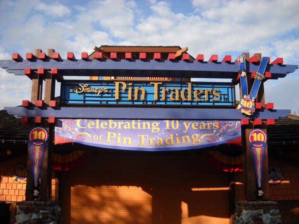 10 ans de Pin Trading